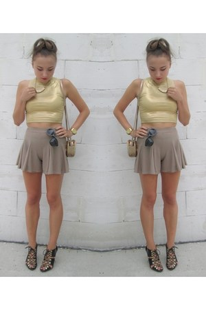gold top - camel shorts