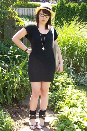 Wet Seal dress - forever 21 hat - Chanel necklace - Zigi Soho shoes - Daisy by M
