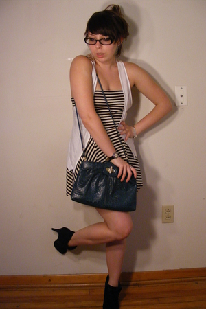 American Apparel dress - Urban Outfitters vest - vintage purse - Wet Seal shoes