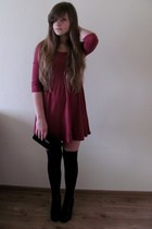 magenta H&M dress - black grandmas wardrobe bag - black no name socks