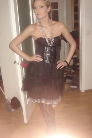 H&M dress - belt - necklace - skirt
