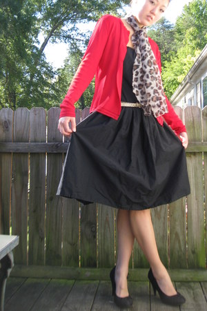 black black strapless unknown dress - tan leopard print vintage scarf
