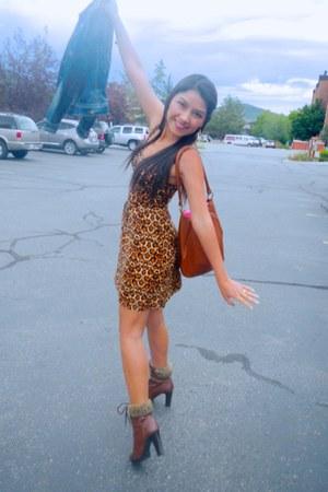 boots - H&M dress