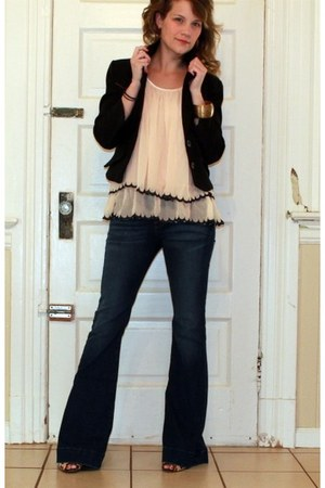 neutral H&M top - love story J Brand jeans - black Rampage blazer