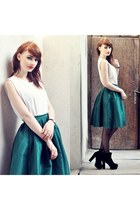 green Chicwish skirt