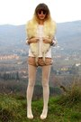 Mango-sweater-sisley-tights-forever-21-shorts-gucci-sunglasses