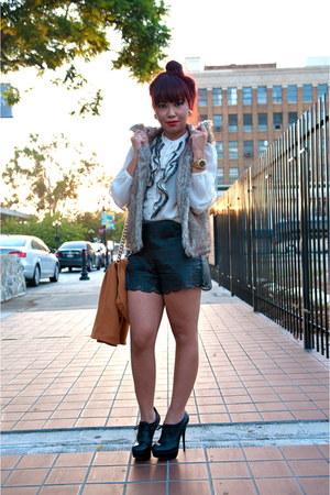 black oxford Bakers boots - tawny Forever 21 blazer - black vintage purse
