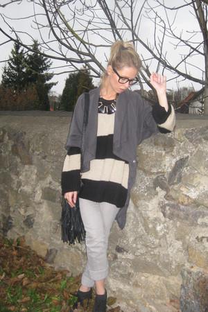 Urban Outfitters sunglasses - Primark sweater - Zara