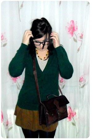 crimson Zara bag - camel H&M t-shirt - burnt orange Zara skirt - forest green Za
