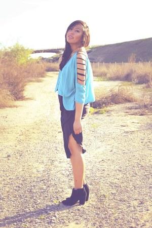 turquoise blue top - black Zara boots - black Zara skirt