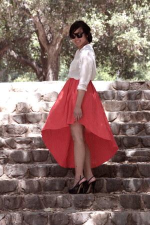 black Steve Madden shoes - red asymmetrical H&M skirt - beige H&M blouse
