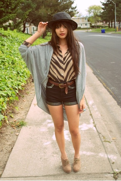 black straw boater thrifted hat - black stud Topshop shorts - heather gray  cape f6aa8b23d16