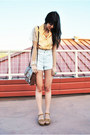 Light-brown-vintage-coach-bag-light-blue-american-apparel-shorts