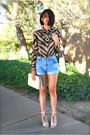 Ivory-vintage-chanel-bag-light-blue-jean-urban-outfitters-shorts