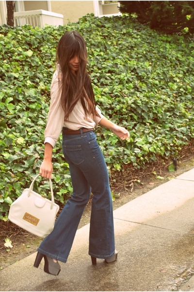 navy flare H&M jeans - ivory goodwill vinyl thrifted bag - dark brown thrifted b