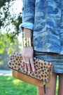 Teal-camo-lulus-jacket-brown-leopard-clutch-daame-bag
