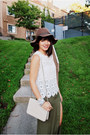 Gold-lulus-ring-brown-floppy-urban-outfitters-hat
