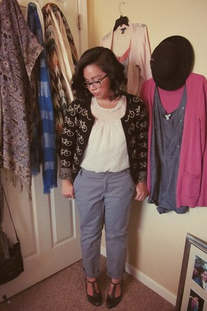 black bicycle Forever21 cardigan - charcoal gray Frank Sarto heels