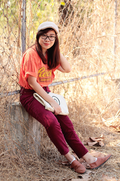 carrot orange shirt - ruby red high waisted vintage pants