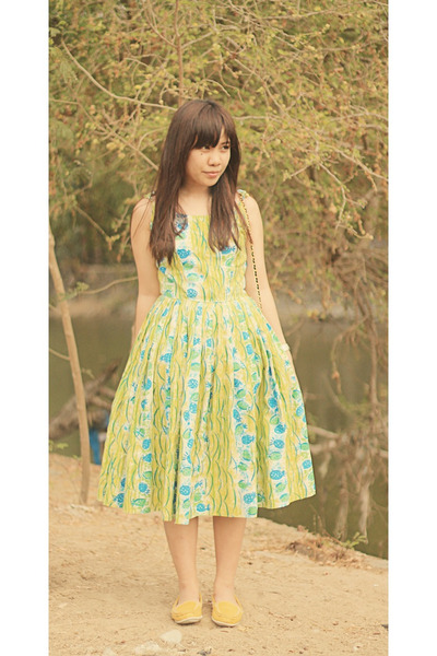 lime green vintage dress