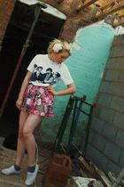 pink Urban Outfitters skirt - white T k maxx t-shirt - white Dorothy Perkins sho