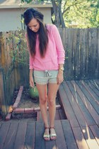 pink crewneck JCrew sweater - heather gray lace Gilly Hicks shorts