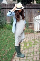 forest green Hunter boots - heather gray J Crew dress - sky blue H&M top