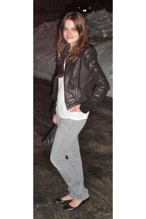 heather gray abercrombie & fitch jeans - black BCBG jacket - black coach bag - b