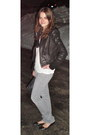 Heather-gray-abercrombie-fitch-jeans-black-bcbg-jacket-black-coach-bag-b