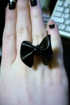 black diy leather bow ring