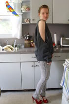 gray sweater - silver leggings - red Jessica Simpson shoes