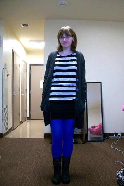 Gray Cardigans Shirts Black Skirts Blue Tights Gray