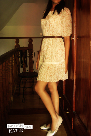 beige dress - beige Le Saunda shoes - brown belt