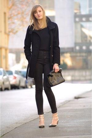 H&M shirt - Zara bag - Zara pants