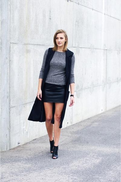 beginning boutique shirt - Boohoo heels