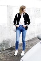 H&M jeans - Five Pound Tee shirt