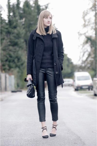 black s oliver coat - black Pull&ampBear sweater - Zara bag - black H&ampM pants