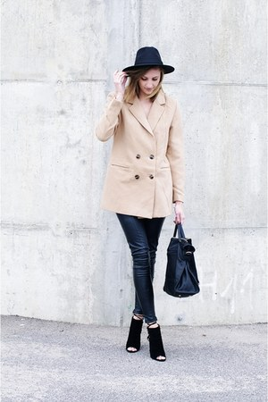 on my blog coat - Missguided hat