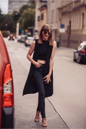Front Row Shop vest - Zara pants
