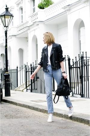Levis jeans - Zara jacket - Adidas sneakers