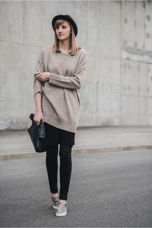 H&M hat - Zara jeans