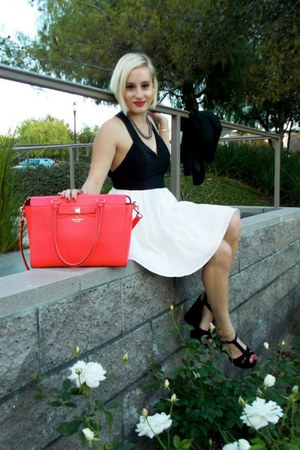 hot pink kate spade bag - white La Creme dress - black wedges