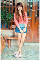 thrifted shorts - Zara belt - Jellybean heels