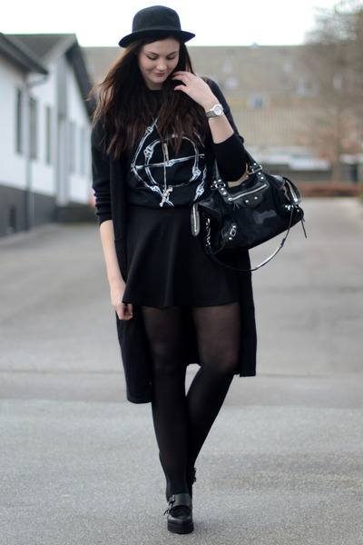 H&M hat - Deena&Ozzy shoes - balenciaga bag - h&m divided skirt