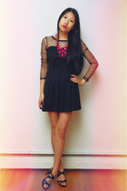 hot pink Shopcalico necklace - black OASAP dress - black Tahari heels