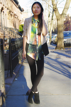Solilor blouse - DSW boots - H&amp;M blazer