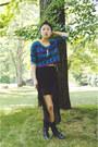 Shop-lately-necklace-chicnova-skirt