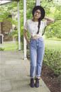 Mia-boots-calvin-klein-jeans-vintage-hat-6ks-shirt