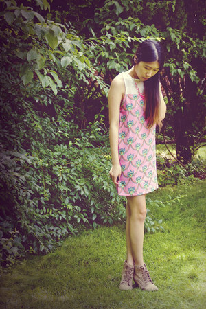 bubble gum chicnova dress
