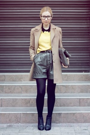 yellow H&M sweater - black H&M boots - camel Stradivarius coat